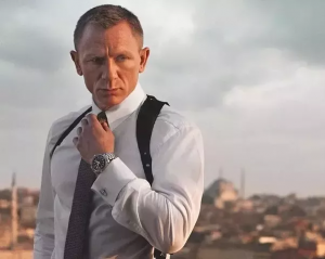 how to be confident - james bond