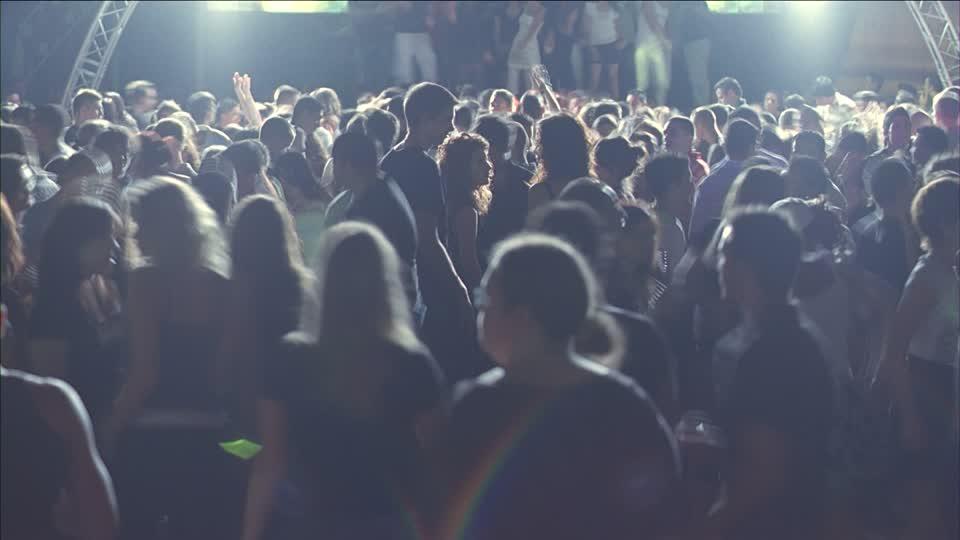smp, crowded nightclub