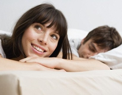 most women hypergamous