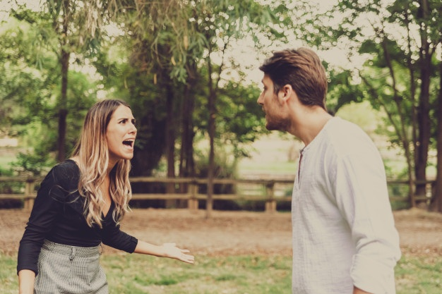7 Signs of Toxic Relationships