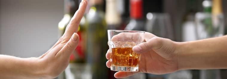 avoid alcohol for better skin
